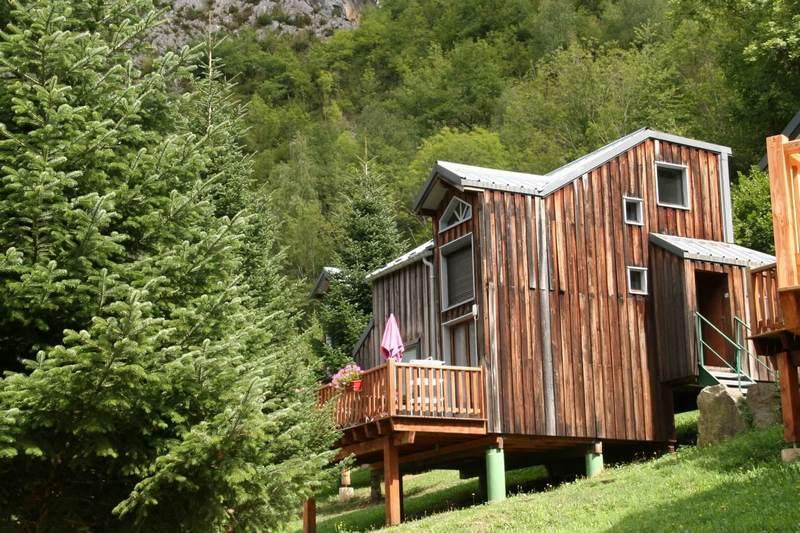 Les chalets du Camping La Vernière à AUZAT